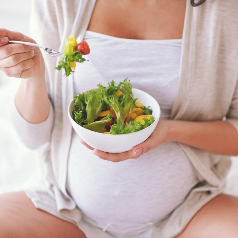 Bà bầu ăn rau càng cua được không