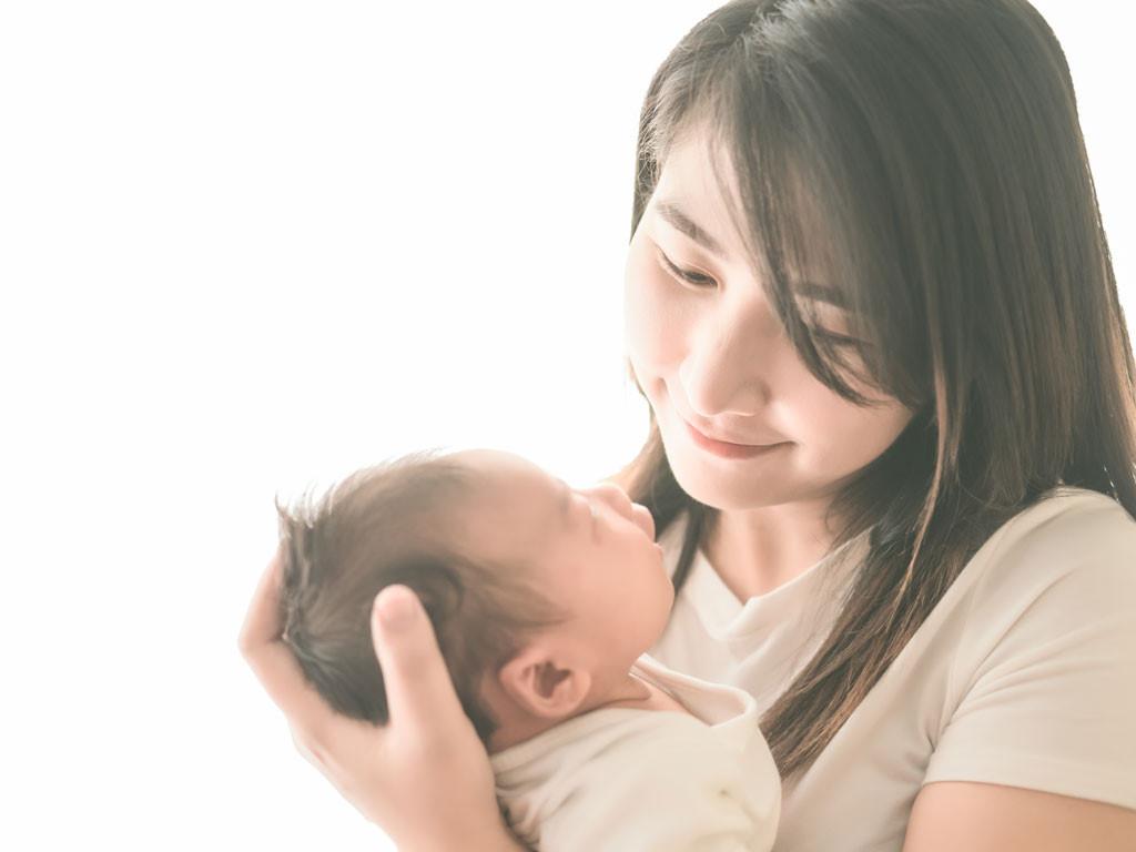 phong tục đón trẻ sơ sinh về nhà