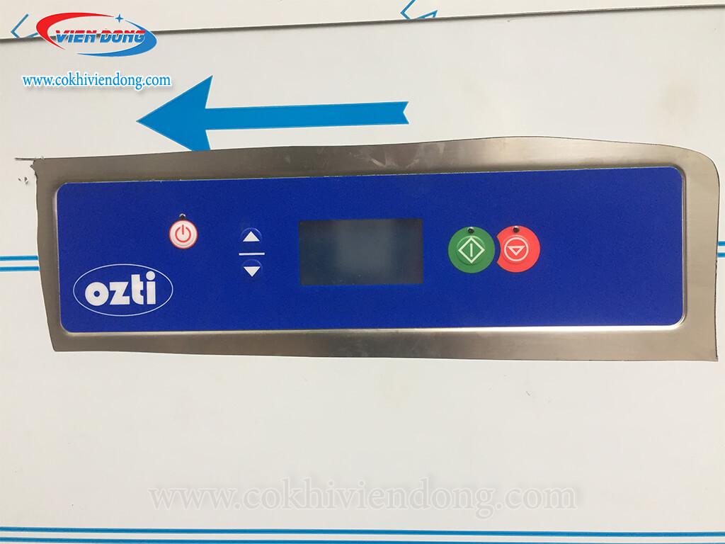 Bảng điều khiển của máy rửa bát ozti